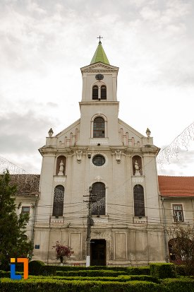 biserica-sf-elisabeta-a-ungariei-manastirea-minorita-din-aiud-judetul-alba.jpg