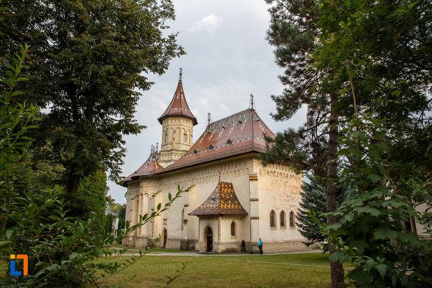 biserica-sf-gheorghe-1522-din-suceava-judetul-suceava.jpg