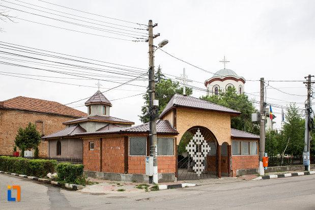 biserica-sf-gheorghe-din-giurgiu-judetul-giurgiu.jpg