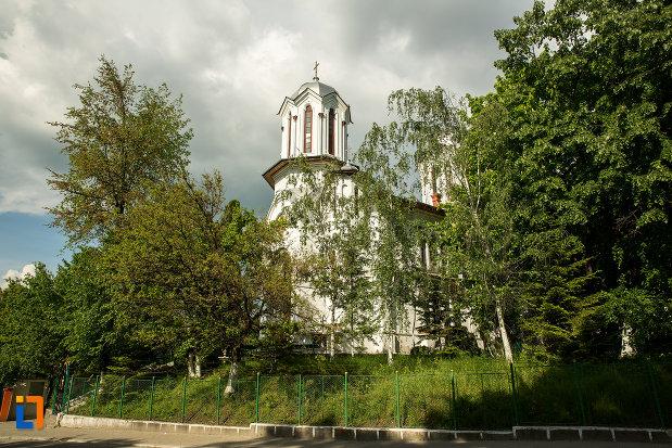biserica-sf-gheorghe-din-slatina-judetul-olt.jpg