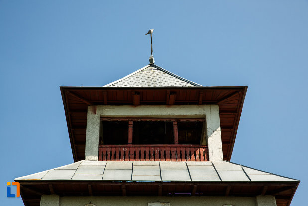 biserica-sf-ilie-biserica-noua-din-dragasani-judetul-valcea-imagine-cu-partea-de-sus-de-la-turnul-de-poarta.jpg