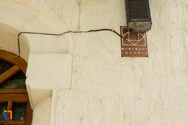 biserica-sf-imparati-din-slatina-judetul-olt-monument-istoric.jpg