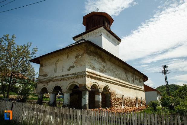 biserica-sf-ioan-botezatorul-1793-din-ocnele-mari-judetul-valcea.jpg
