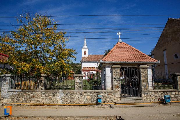 biserica-sf-ioan-botezatorul-brancoveanu-de-sus-1810-din-ocna-sibiului-judetul-sibiu.jpg
