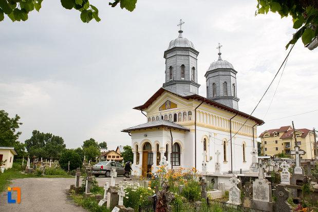 biserica-sf-nicolae-1812-din-gaesti-judetul-dambovita.jpg