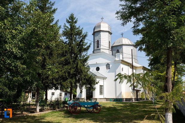 biserica-sf-nicolae-1858-din-cazanesti-judetul-ialomita.jpg
