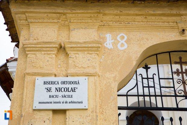biserica-sf-nicolae-baciu-din-sacele-judetul-brasov-monument-istoric.jpg