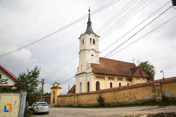 biserica-sf-nicolae-baciu-din-sacele-judetul-brasov.jpg
