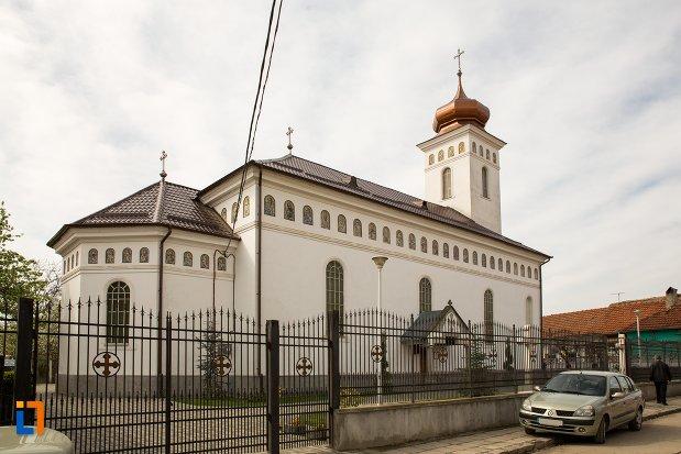 biserica-sf-nicolae-din-aiud-judetul-alba-vazuta-din-spate.jpg