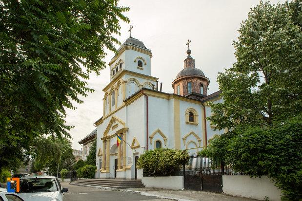 biserica-sf-nicolae-din-galati-judetul-galati-vazuta-din-lateral.jpg