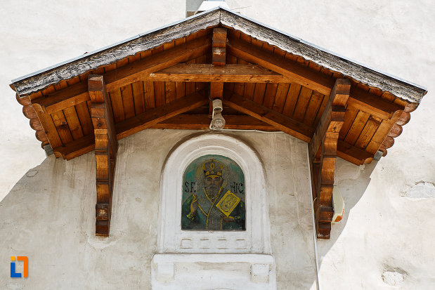 biserica-sf-nicolae-din-hunedoara-judetul-hunedoara-imagine-cu-sf-nicolae.jpg