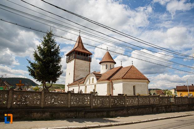 biserica-sf-nicolae-din-hunedoara-judetul-hunedoara-vazuta-din-spate.jpg