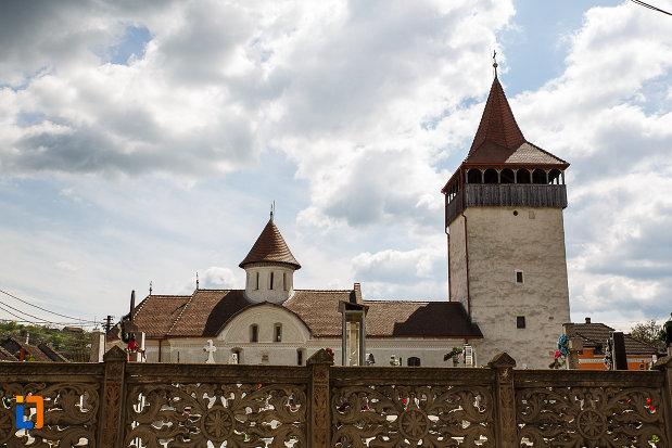 biserica-sf-nicolae-din-hunedoara-judetul-hunedoara.jpg