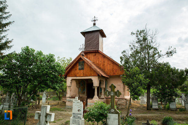biserica-sf-nicolae-din-lazaresti-judetul-gorj.jpg