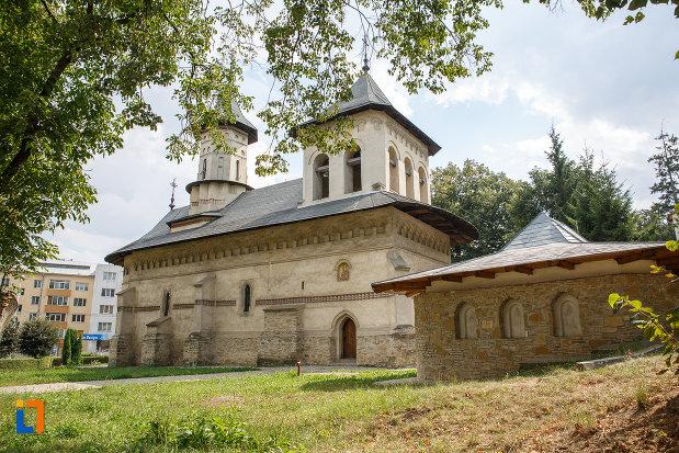biserica-sf-nicolae-prajescu-1611-din-suceava-judetul-suceava.jpg