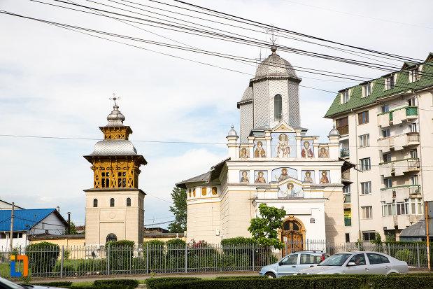biserica-sf-nifon-sarbi-1852-din-targoviste-judetul-dambovita.jpg