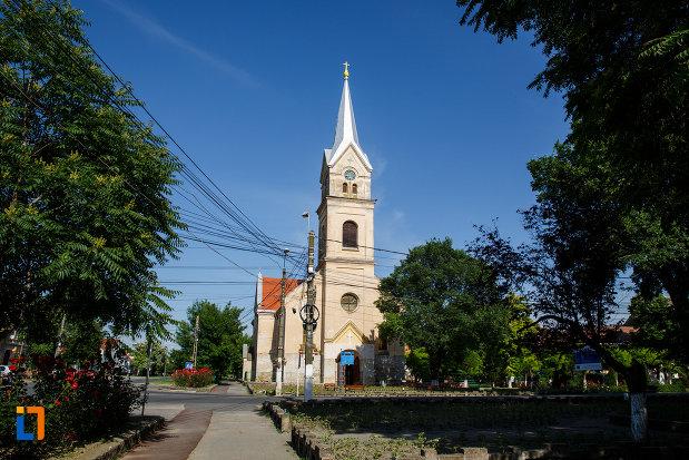 biserica-sf-vendelin-din-jimbolia-judetul-timis.jpg