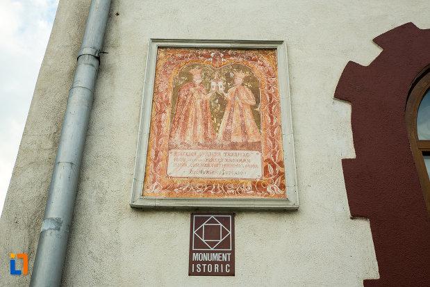 biserica-sfanta-treime-din-slatina-judetul-olt-monument-istoric.jpg