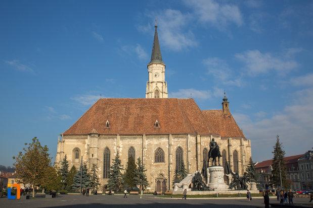 biserica-sfantul-mihail-din-cluj-napoca-judetul-cluj.jpg