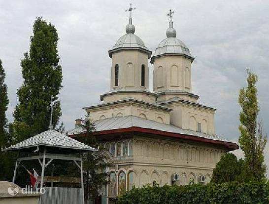 biserica-sfantul-nicolae-din-popesti.jpg