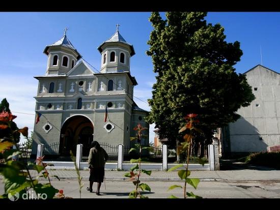 biserica-sfantul-nicolae-din-teius.jpg
