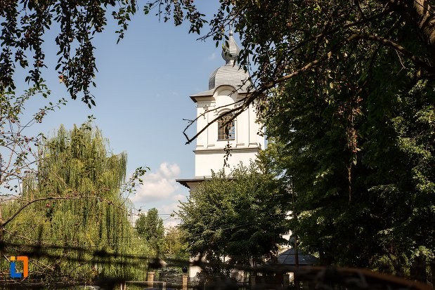 biserica-sfantul-si-marele-mucenic-dimitrie-din-botosani-judetul-botosani.jpg
