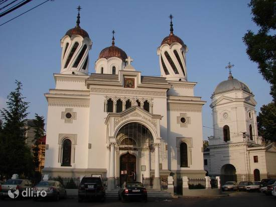 biserica-sfantul-silvestru.jpg