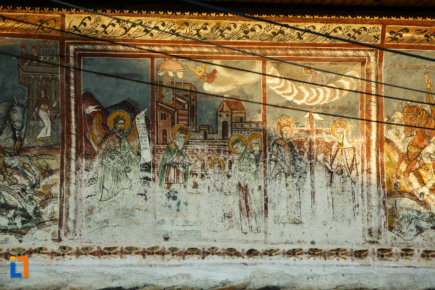 biserica-veche-intrarea-in-biserica-din-horezu-judetul-valcea-pictura-murala.jpg