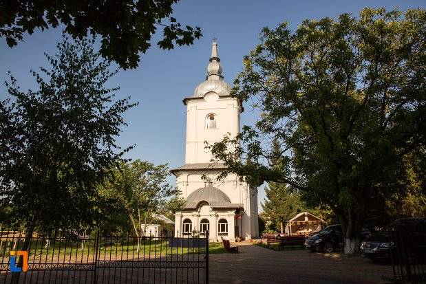 biserica-vovidenia-din-botosani-judetul-botosani.jpg