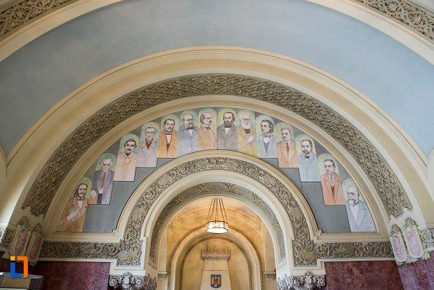 bolta-cu-portrete-din-sala-unirii-1-decembrie-1918-din-alba-iulia-judetul-alba.jpg