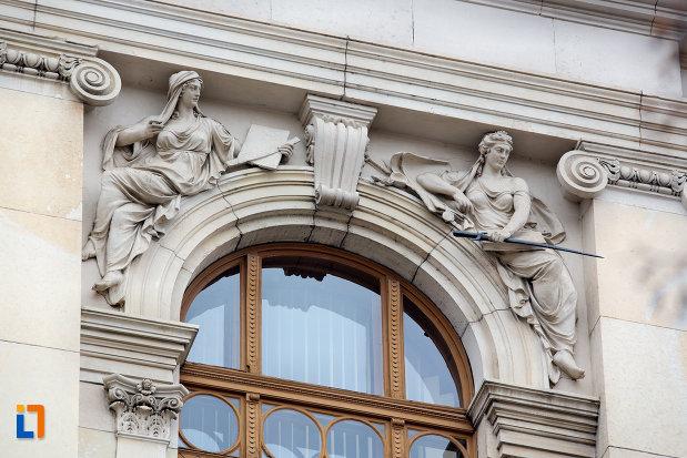 bolta-de-la-fereastra-universitatea-babes-bolyai-din-cluj-napoca-judetul-cluj.jpg