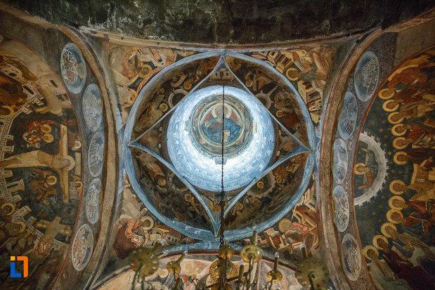bolta-din-biserica-sf-gheorghe-1522-din-suceava-judetul-suceava.jpg