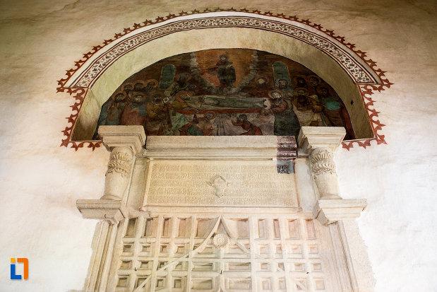 bolta-din-manastirea-stelea-din-targoviste-judetul-dambovita.jpg