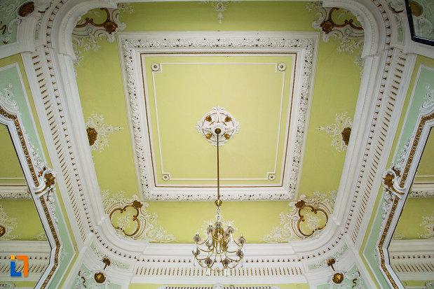 bolta-din-muzeul-de-arta-si-arta-populara-palatul-marincu-din-calafat-judetul-dolj.jpg