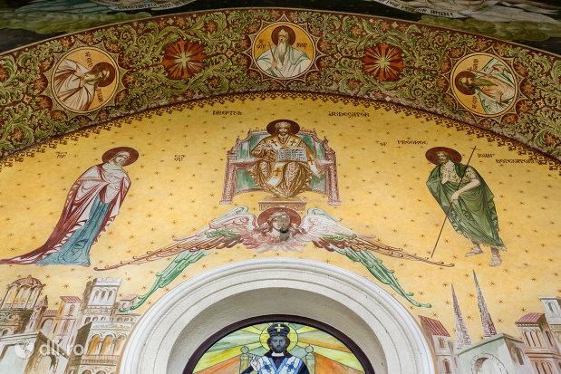 bolta-pictata-din-biserica-ortodoxa-nasterea-maicii-domnului-din-bixad-judetul-satu-mare.jpg