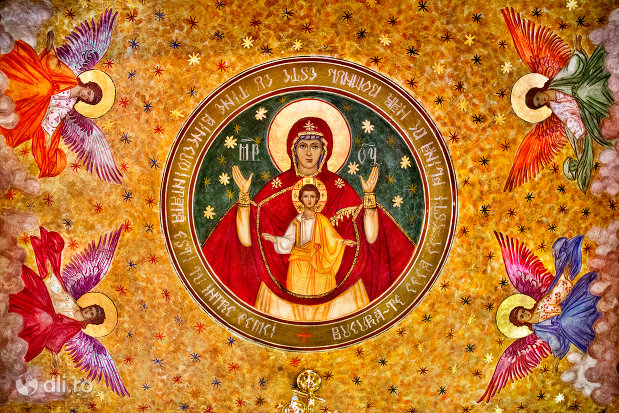 bolta-pictata-din-biserica-ortodoxa-sf-treime-din-oradea-judetul-bihor.jpg