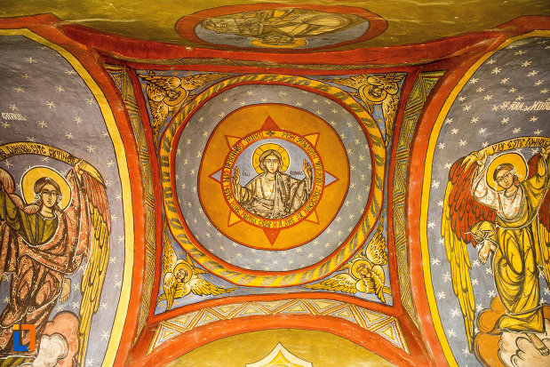 bolta-pictata-din-biserica-sf-gheorghe-din-dabuleni-judetul-dolj.jpg