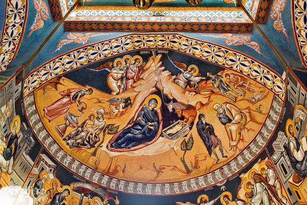 bolta-pictata-din-manastirea-izbuc-din-valea-lui-mihai-judetul-bihor.jpg