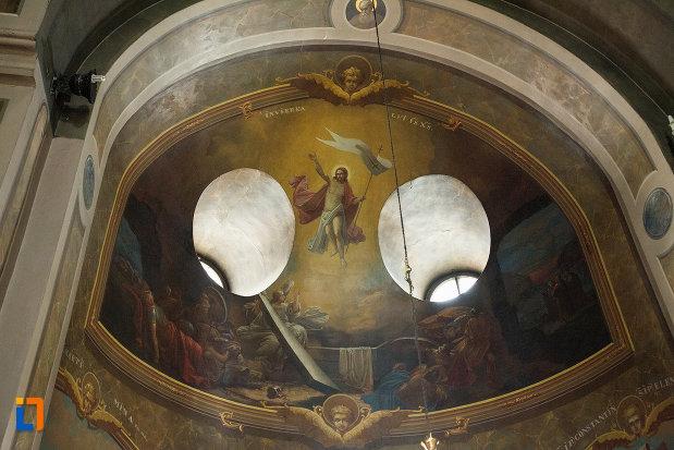 bolta-pictata-si-iluminata-biserica-grecescu-din-drobeta-turnu-severin-judetul-mehedinti.jpg