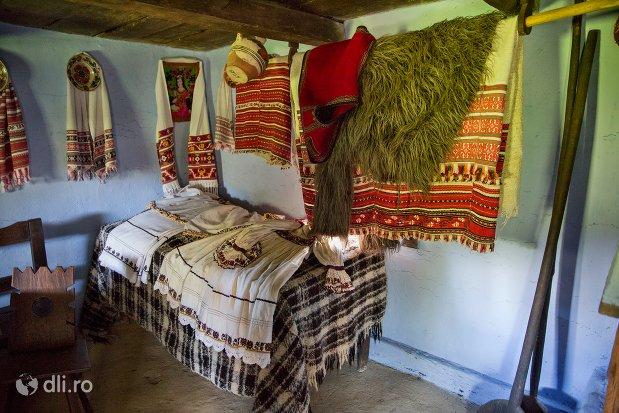 bucatarie-oseneasca-muzeul-satului-osenesc-din-negresti-oas-judetul-satu-mare.jpg