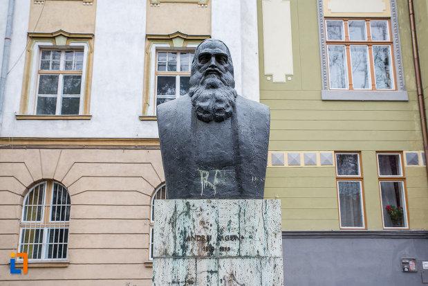 bustul-lui-andrei-saguna-grupul-statuar-din-parcul-astra-din-sibiu-judetul-sibiu.jpg