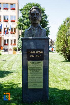 bustul-lui-atanasie-lipovan-din-sannicolau-mare-judetul-timis.jpg