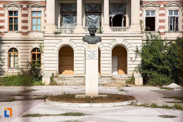 bustul-lui-barbu-dimitrie-stirbei-din-calarasi-judetul-calarasi.jpg