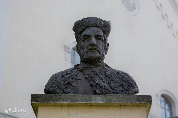 bustul-lui-bocskai-istvan-din-diosig-judetul-bihor.jpg