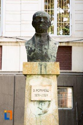 bustul-lui-d-pompeiu-din-dorohoi-judetul-botosani.jpg