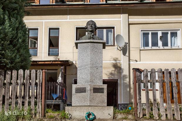 bustul-lui-ignac-born-din-cavnic-judetul-maramures.jpg
