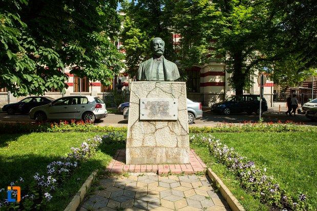 bustul-lui-nicu-i-constantinescu-din-buzau-judetul-buzau.jpg