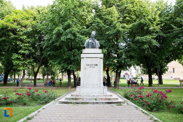 bustul-lui-tudor-vladimirescu-din-targoviste-judetul-dambovita.jpg