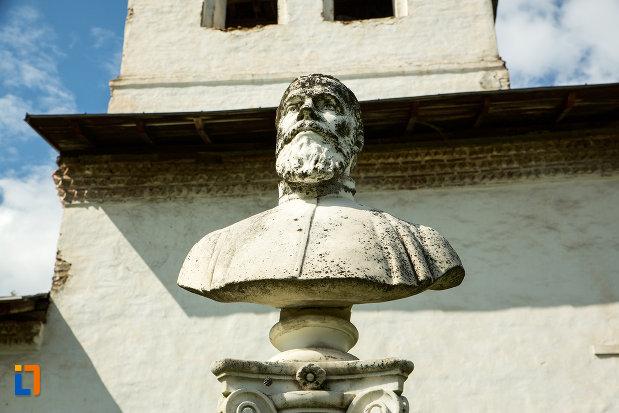 bustul-preotului-stefan-ion-manastirea-sf-voievozi-din-baia-de-arama-judetul-mehedinti.jpg