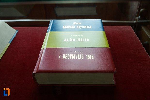 carte-istorica-sala-unirii-1-decembrie-1918-din-alba-iulia-judetul-alba.jpg